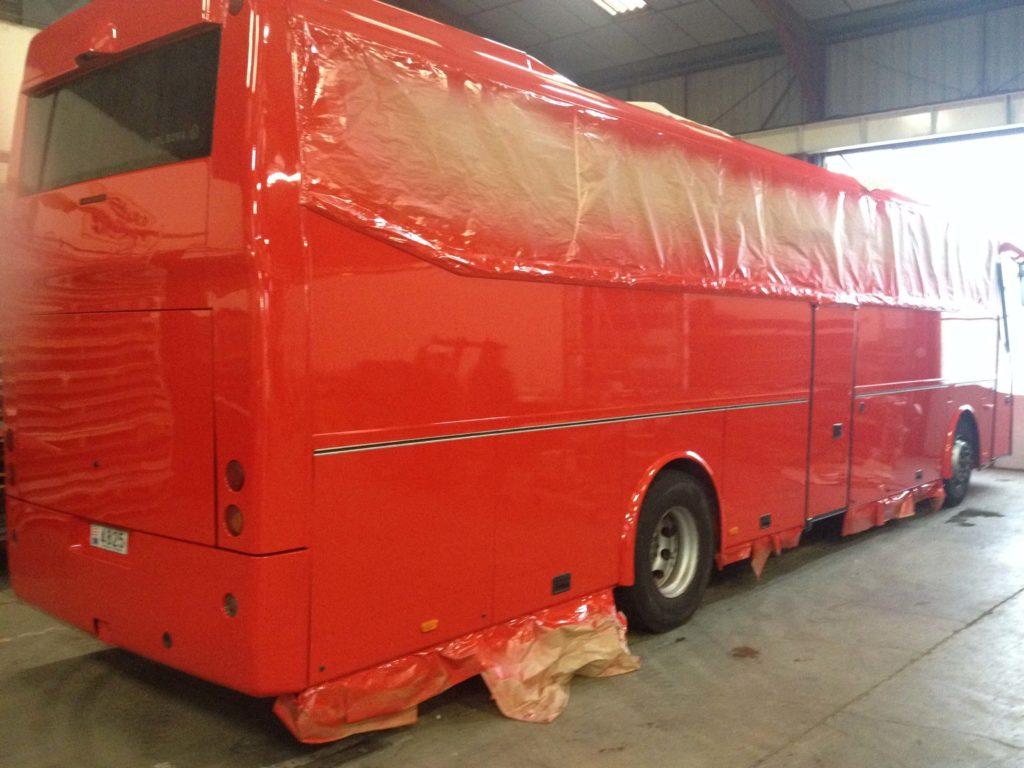 peinture carrosserie rouge